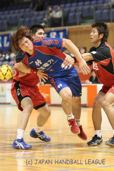 No.4 Shinya Ochiai